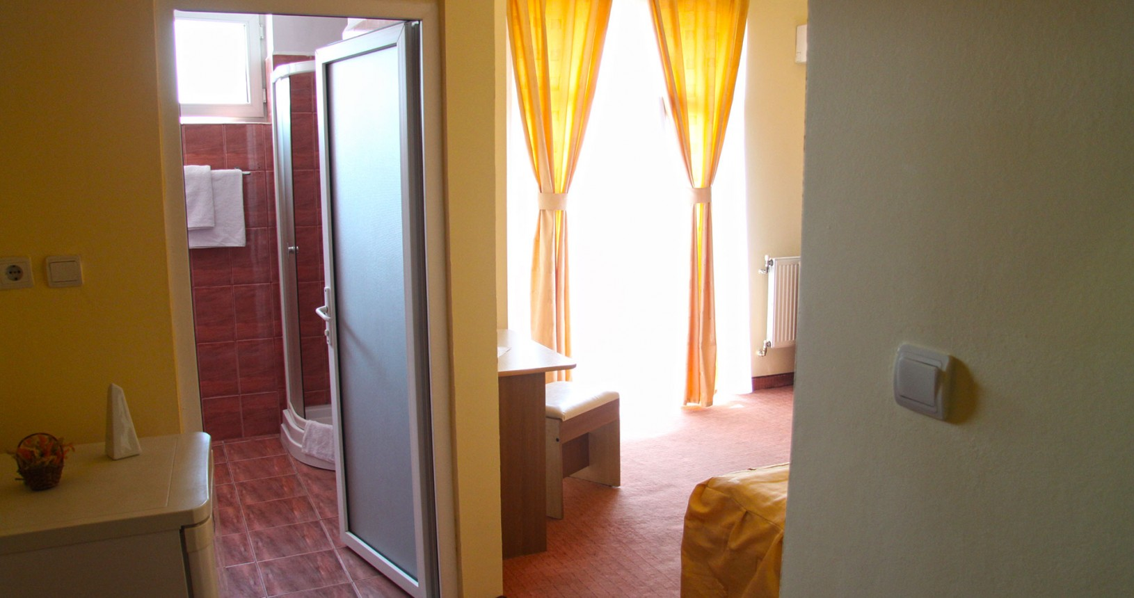 1-camera-dubla-hotel-class-oradea