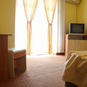 4-camera-single-hotel-class-oradea