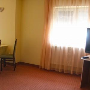 7-apartament-deluxe-hotel-class-oradea