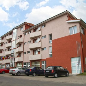 exterior-hotel-class-oradea-3